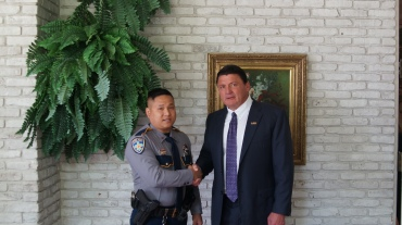 Hue Pham and Coach O handshake.jpg